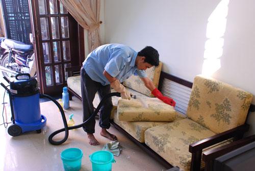 Vệ sinh giặt ghế sofa Nha Trang Sakura
