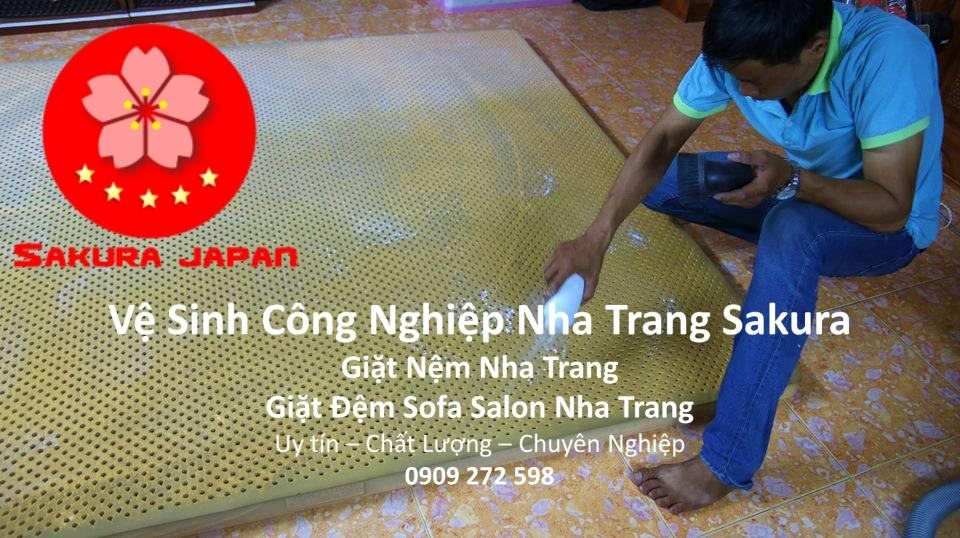 Dịch vụ vệ sinh Giặt Nệm Giặt Đệm Nha Trang
