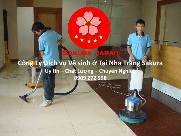 Công Ty Dịch vụ vệ sinh ở tại Nha Trang Uy tín chuyên nghiệp Giá Rẻ