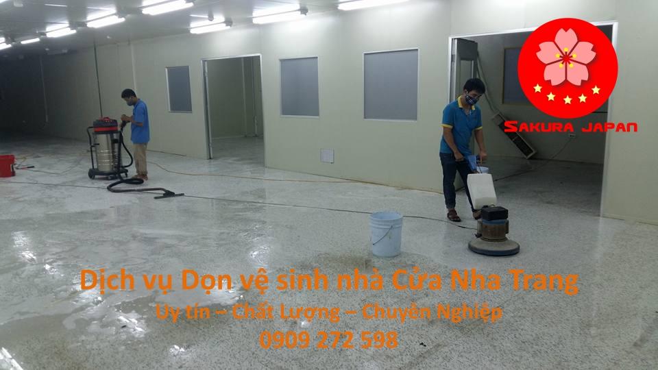 Dịch vụ Dọn vệ sinh nhà Cửa Nha Trang Uy Tín giá Rẻ