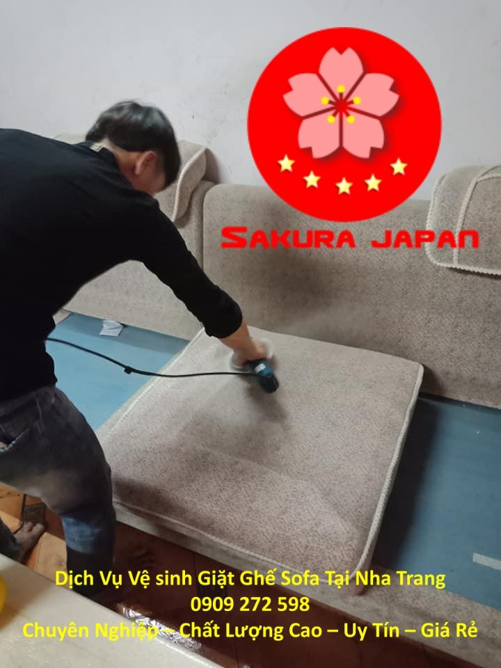 Dịch Vụ Vệ sinh Giặt Ghế Sofa Tại Nha Trang Giá Rẻ Chuyên Nghiệp Nhất